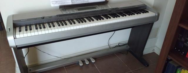 Vendo Pianodigital en excelente estado con 88 teclas contrapesadas que otorgan la misma sensación de un piano real. Polifonía de 32 notas. Conexion midi USB.Fue utilizado sólo en home studio […]